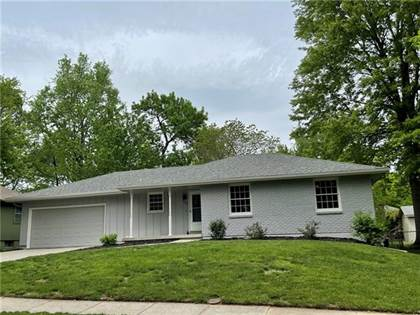Residential Property for sale in 1210 SE Brookwood Street, Lee's Summit, MO, 64063