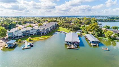 Residential for sale in 806 Highcrest #16, Granite Shoals, TX, 78654