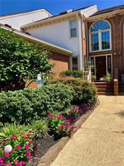 Townhouse for sale in 4795 Kempsville Greens Parkway, Virginia Beach, VA, 23462