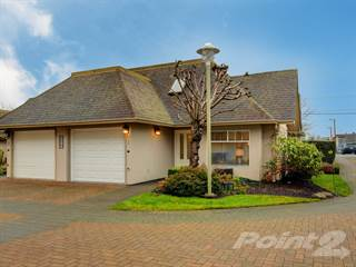 Townhouse for sale in 2296 HENRY AVE, Sidney, British Columbia