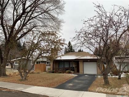 Residential Property for sale in 322 Lake CRESCENT, Saskatoon, Saskatchewan, S7H 3A2