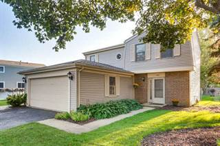 Photo of 490 South Garden Avenue, Roselle, IL