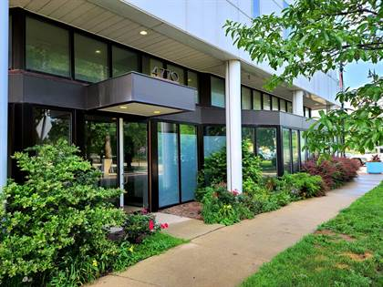 Residential Property for sale in 4770 North MANOR Avenue 202, Chicago, IL, 60625