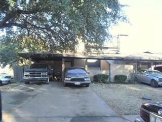 Duplex for sale in 2612 Nina Circle, Grand Prairie, TX, 75052