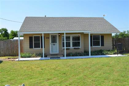 Residential Property for sale in 404 SE 2nd St, Mooreland, OK, 73852