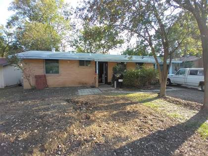 Residential for sale in 2116 Greenway Street, Arlington, TX, 76010