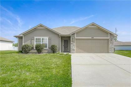 Residential for sale in 1208 SW Blue Branch Drive, Grain Valley, MO, 64029