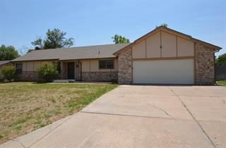Single Family for sale in 103 Tanglewood, Dodge City, KS, 67801
