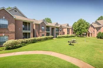 Apartment for rent in 7109 Vineyard Way, Germantown, TN, 38138