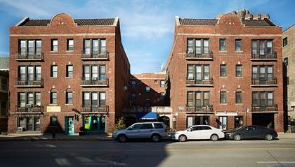 Apartment for rent in 620 W. Addison St., Chicago, IL, 60613