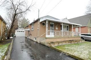 Residential for sale in 835 Brucedale Avenue East, Hamilton, Ontario