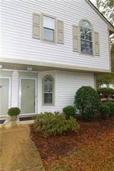 Condo for rent in 1641 COTTENHAM Lane, Virginia Beach, VA, 23454