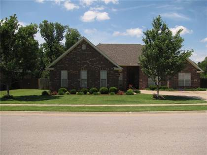 Residential Property for sale in 3942  W Edgewater, Fayetteville, AR, 72704
