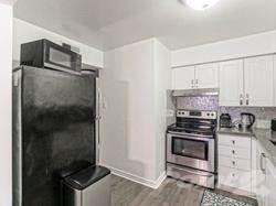 Condominium for sale in 3095 Cawthra Rd, Mississauga, Ontario, L5A2X4