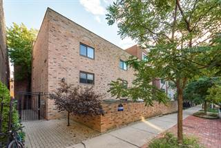 Condo for sale in 711 West Melrose Street E2, Chicago, IL, 60657
