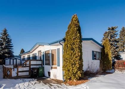 Single Family for sale in 400, 3223 83 Street NW 400, Calgary, Alberta, T3B5P1