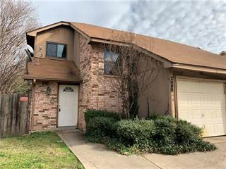 Townhouse for sale in 2602 San Sabastian Circle, Grand Prairie, TX, 75052