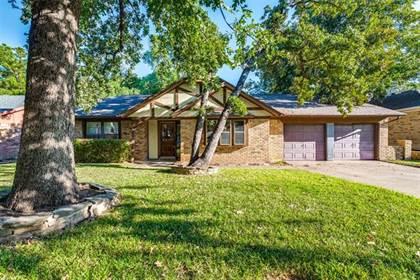 Residential for sale in 5809 Pleasant Wood Trail, Arlington, TX, 76016