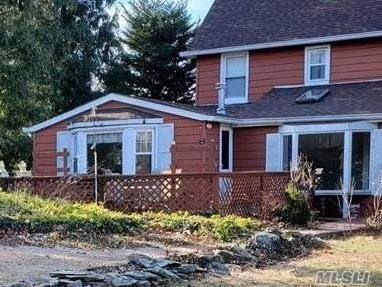 Residential Property for sale in 10 Dickerson Ave, Bayville, NY, 11709