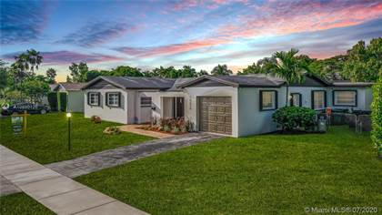 Residential for sale in 10510 SW 99th St, Miami, FL, 33176