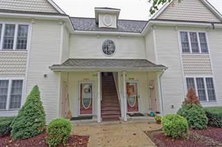 Condo for sale in 608 MALLARDS POND LA, Guilderland Town, NY, 12303