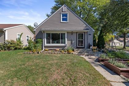 Residential Property for sale in 2802 N 89th St, Milwaukee, WI, 53222