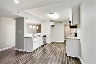 Townhouse for sale in 6520 Roswell Road 116, Atlanta, GA, 30328