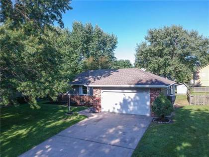 Residential Property for sale in 1112 NE Westwind Drive, Lee's Summit, MO, 64086