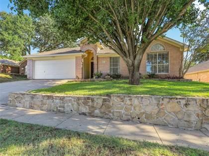Residential for sale in 6121 Silkcrest Trail, Arlington, TX, 76017