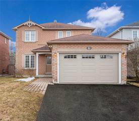Residential Property for sale in 51 Canoe Crt, Richmond Hill, Ontario, L4E3Y2