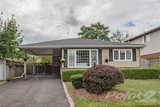 Residential Property for sale in BURLINGTON Pinedale Backsplit, Burlington, Ontario, L7L 3Y1
