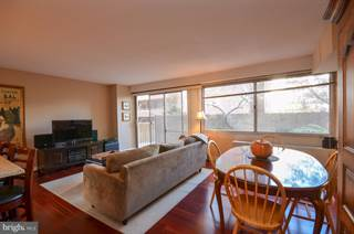 Condo for sale in 5500 FRIENDSHIP BOULEVARD 817N, Chevy Chase, MD, 20815
