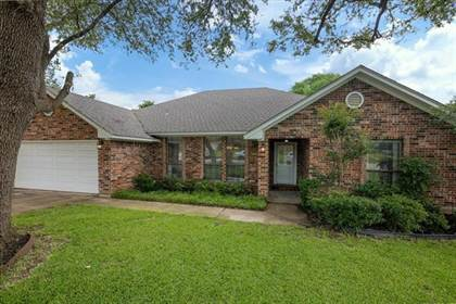 Residential Property for sale in 5303 Ridge Springs Court, Arlington, TX, 76017