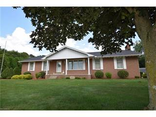 Single Family for sale in 1222 Charles Dr Southeast, New Philadelphia, OH, 44663
