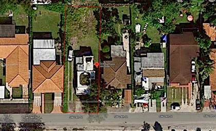 Residential Property for sale in 3329 SW 24th St, Miami, FL, 33145