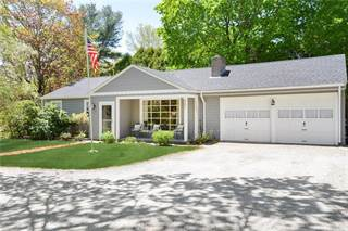 Single Family for sale in 487 Howland Road, East Greenwich, RI, 02818