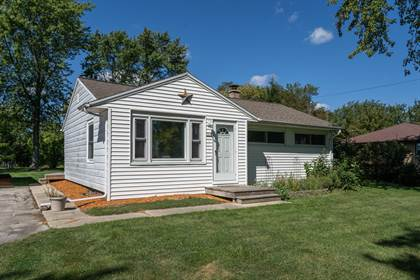 Residential Property for sale in 7237 S Quincy Ave, Oak Creek, WI, 53154