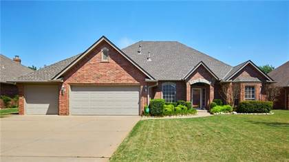 Residential for sale in 10700 Fairway Avenue, Oklahoma City, OK, 73170