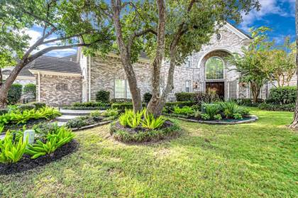 Residential for sale in 2715 S Southern Oaks Drive, Houston, TX, 77068