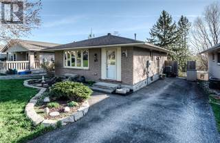 Single Family for sale in 68 WILLIAMSBURG Road, Kitchener, Ontario, N2E1P3