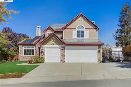 Residential Property for sale in 385 Blue Oak Ln, Clayton, CA, 94517