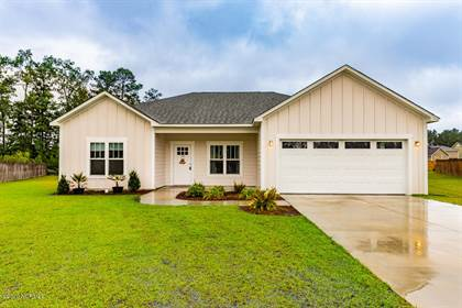 Residential for sale in 104 Lexington Circle, New Bern, NC, 28562