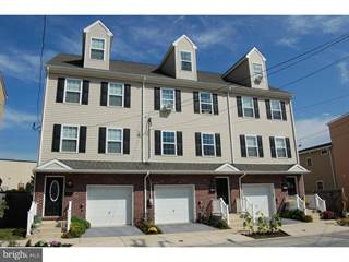 Townhouse for sale in 327 S ADAMS STREET, West Chester, PA, 19382