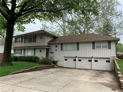 Multifamily for sale in 8428 Travis Lane, Overland Park, KS, 66212