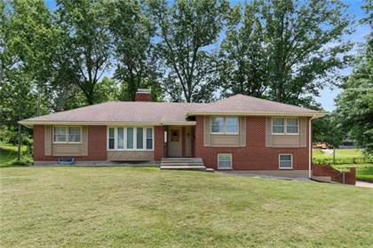 Residential for sale in 11817 E 48th Terrace, Kansas City, MO, 64133