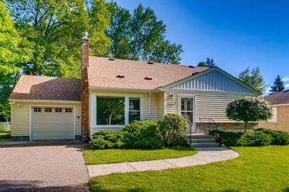 Residential for sale in 1353 Shryer Avenue W, Roseville, MN, 55113