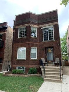 Multifamily for sale in 2237 West Leland Avenue, Chicago, IL, 60625