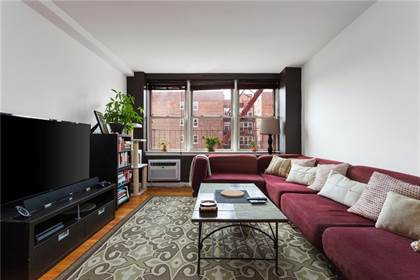Residential Property for sale in 207 Ocean Parkway 5D, Brooklyn, NY, 11218