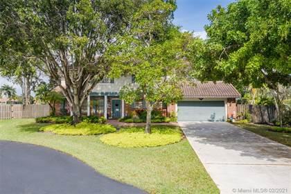 Residential for sale in 5705 Cloverdale Ct, Davie, FL, 33331
