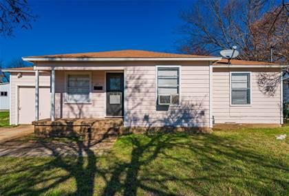 Residential for sale in 111 W Vinyard Road, Duncanville, TX, 75137